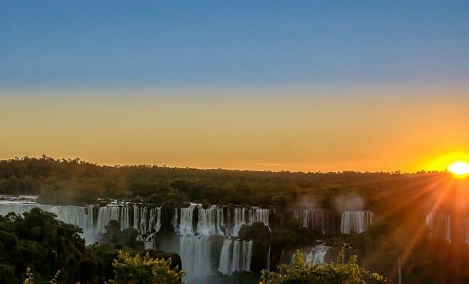 , Vai viajar para Foz? Então se ligue nessas 14 dicas antes de visitar as Cataratas do Iguaçu, Passeios em Foz do Iguaçu | Combos em Foz com desconto, Passeios em Foz do Iguaçu | Combos em Foz com desconto