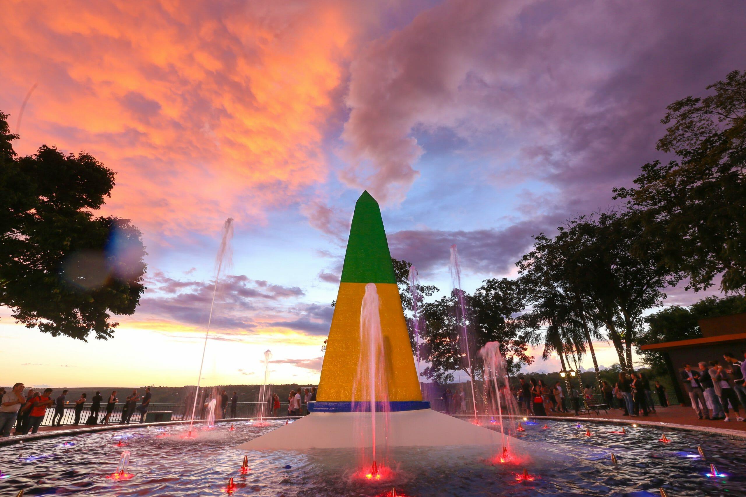 Quais são os 4 passeios em Foz do Iguaçu que você não pode deixar de fazer