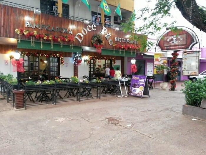 Confira 12 dicas de cafés que você precisa conhecer quando viajar para Foz do Iguaçu  doce pao