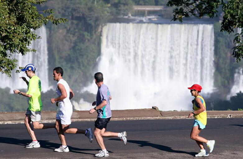 , 10° Meia Maratona das Cataratas bate recorde de inscriçoes, Passeios em Foz do Iguaçu | Combos em Foz com desconto, Passeios em Foz do Iguaçu | Combos em Foz com desconto
