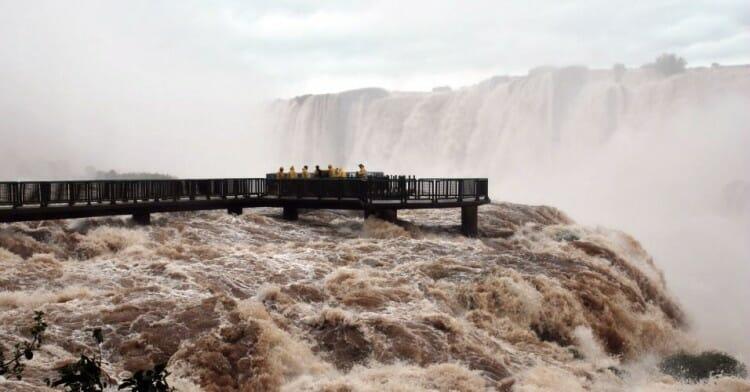 , As Cataratas do Iguaçu dão boas-vindas a 2016 com aumento de 150% de sua vazão., Passeios em Foz do Iguaçu | Combos em Foz com desconto, Passeios em Foz do Iguaçu | Combos em Foz com desconto