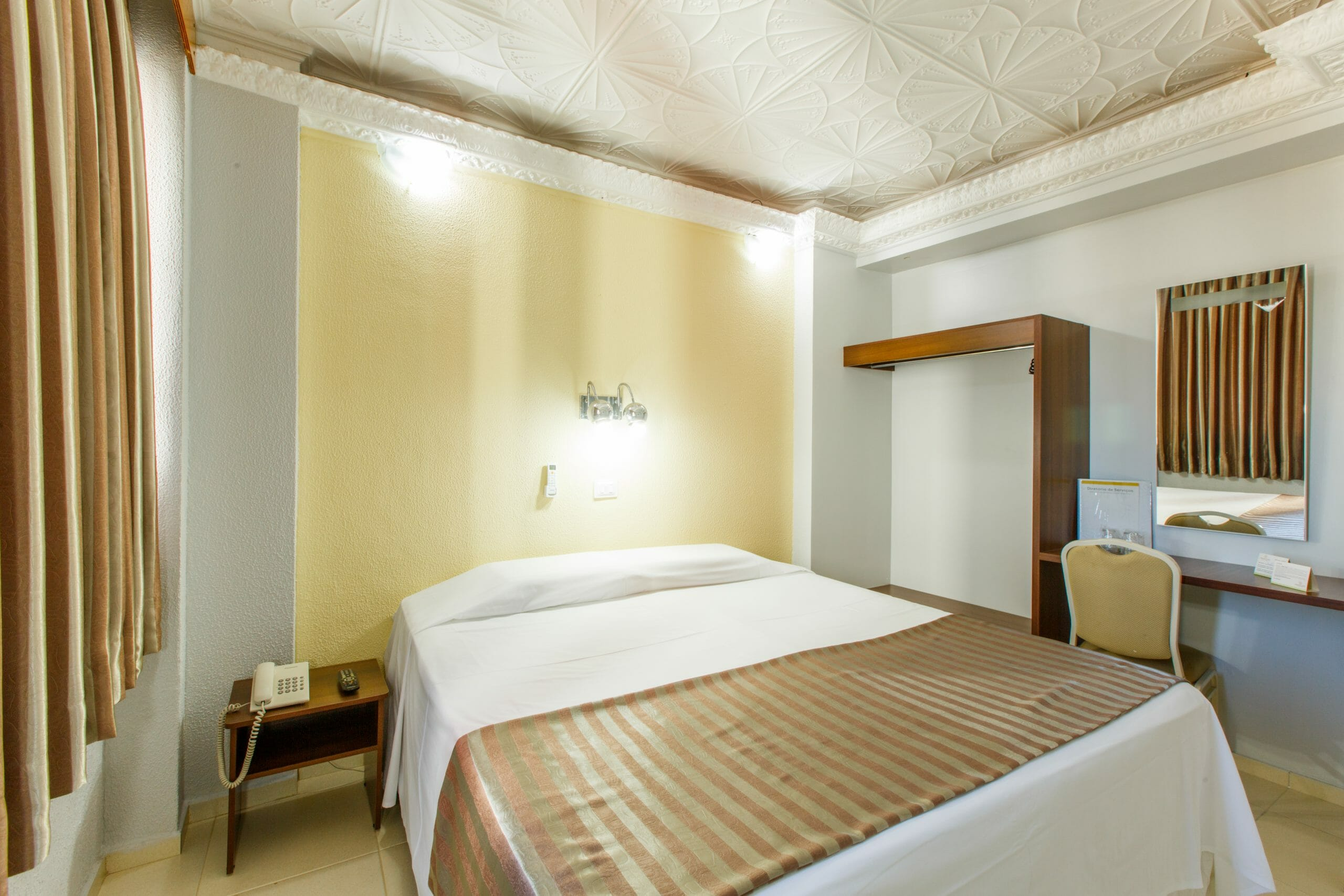 Procurando por hotel no centro de Foz do Iguaçu? O Mirante Hotel é a sua melhor opção! apartamento de casal