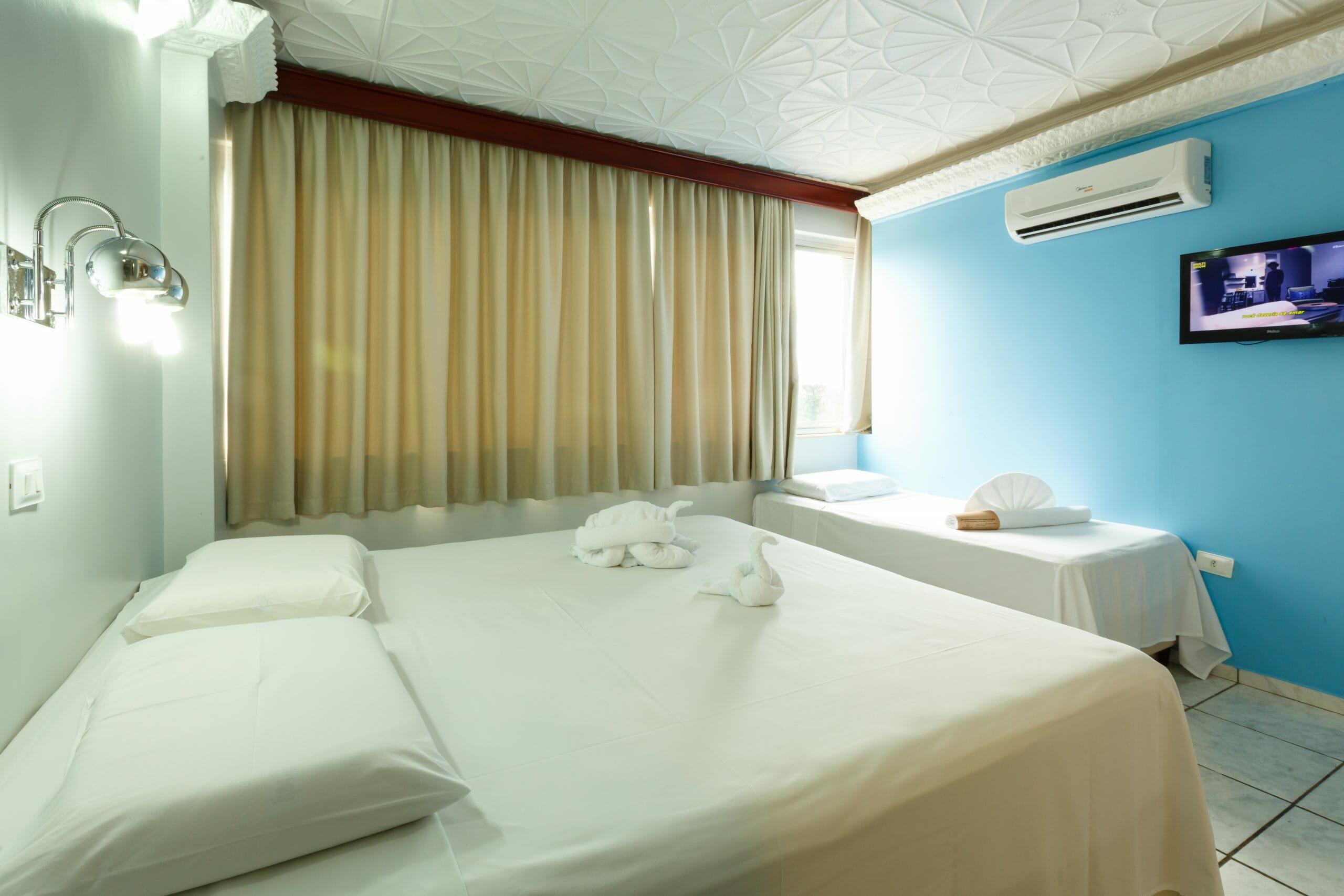 Procurando por hotel no centro de Foz do Iguaçu? O Mirante Hotel é a sua melhor opção! apartamento de casal + 1