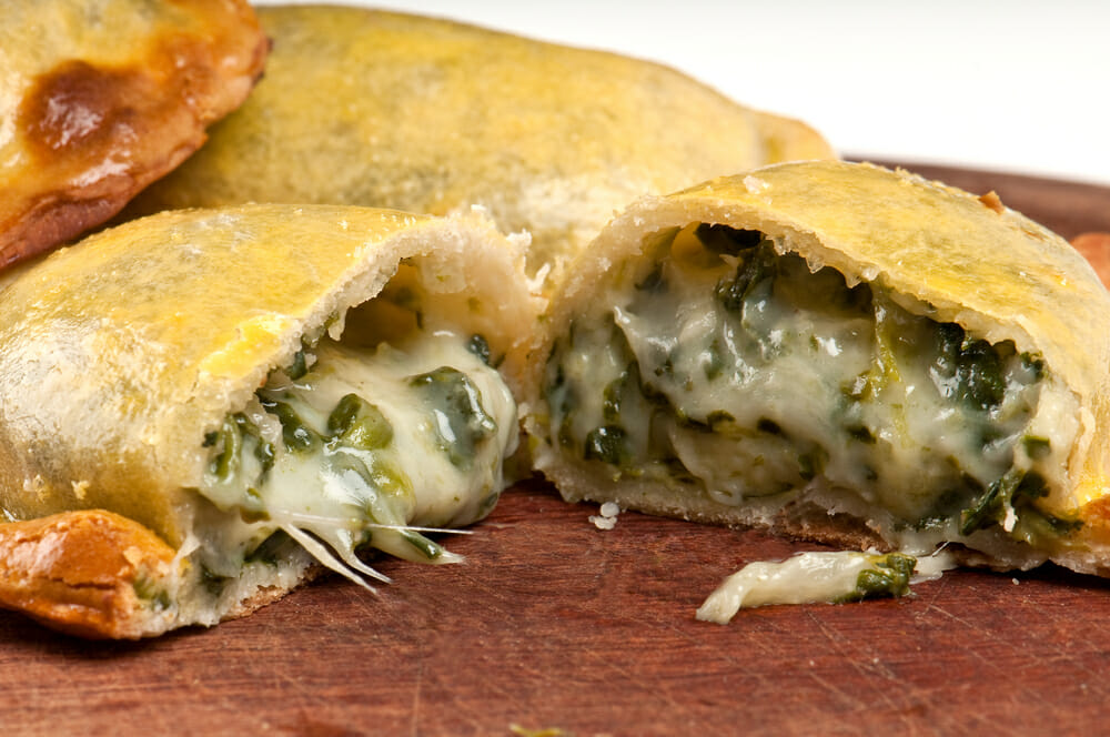 , Descubra onde comer empanadas Argentinas sem sair da sua rota!, Passeios em Foz do Iguaçu | Combos em Foz com desconto