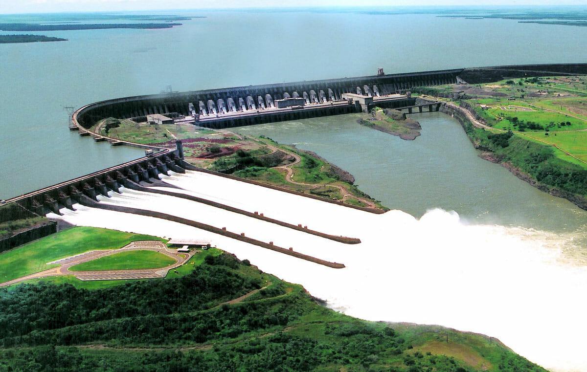 08 fatos históricos sobre a Usina Hidrelétrica de Itaipu construção 4