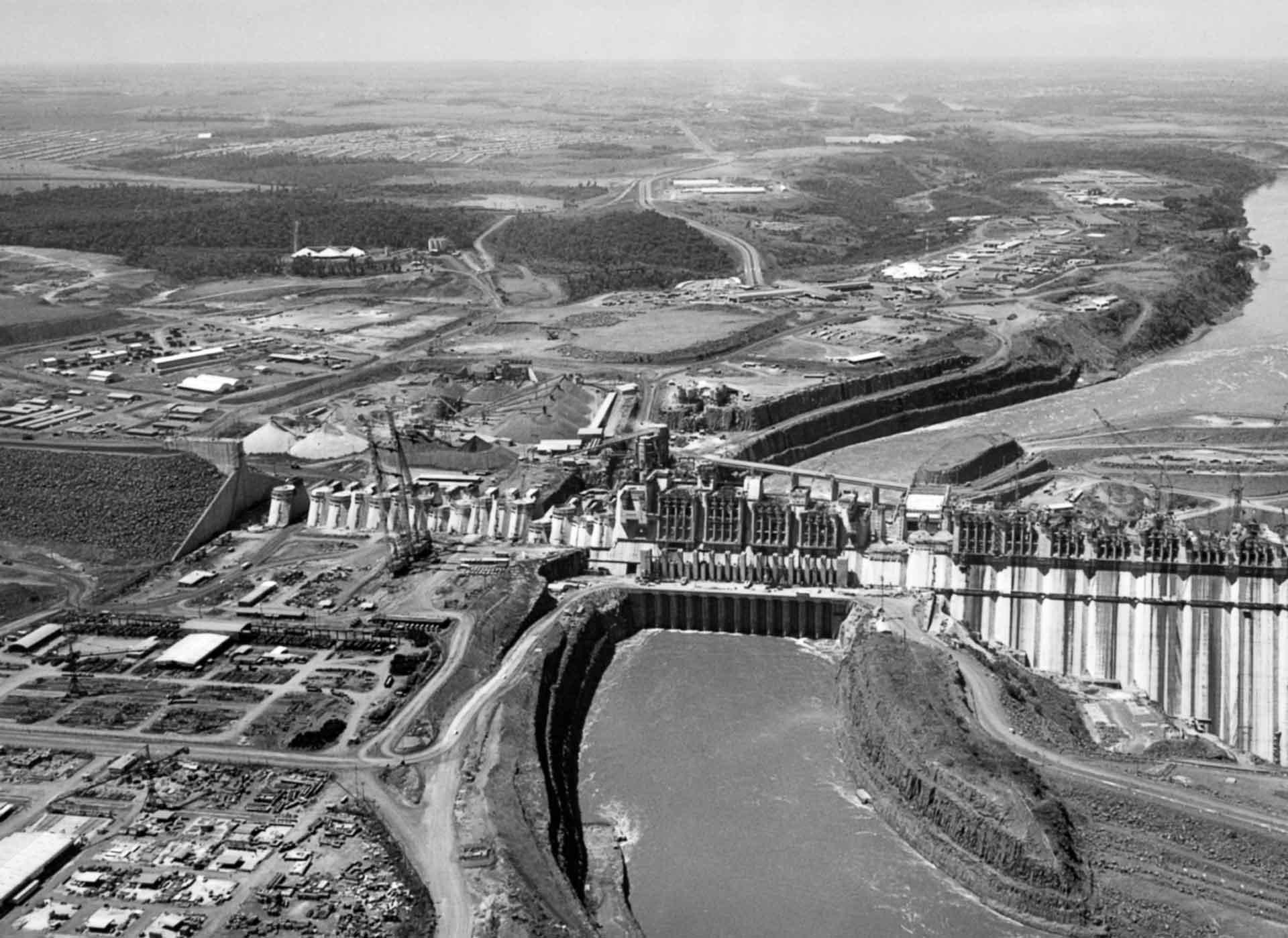 08 fatos históricos sobre a Usina Hidrelétrica de Itaipu construção 1