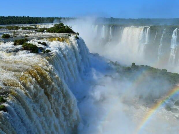 Confira 20 curiosidades sobre as Cataratas do Iguaçu e o Parque Nacional do Iguaçu.