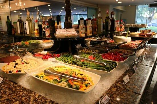 , Dicas de restaurantes em Foz do Iguaçu que oferecem culinária internacional, Passeios em Foz do Iguaçu | Combos em Foz com desconto