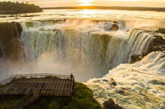 , Qual é o melhor: Cataratas do lado argentino ou lado brasileiro?, Passeios em Foz do Iguaçu | Combos em Foz com desconto, Passeios em Foz do Iguaçu | Combos em Foz com desconto
