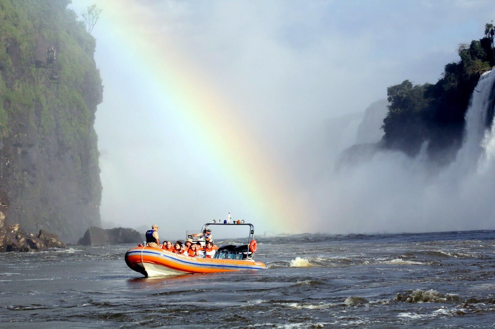 Venha conhecer o Macuco Safári, dentro do Parque Nacional do Iguaçu!! macuco safari