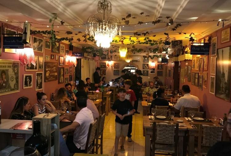 restaurantes em Foz do Iguaçu, Lista de viagem: Ótimos restaurantes em Foz do Iguaçu para conhecer!, Passeios em Foz do Iguaçu | Combos em Foz com desconto