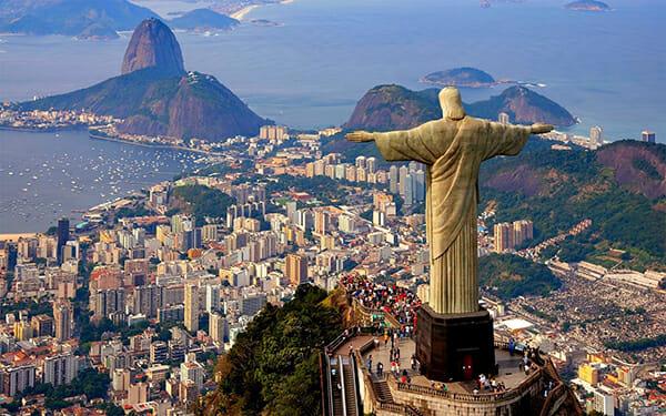 Conheça os 7 principais pontos turísticos do Brasil! Foz do Iguaçu está entre eles.