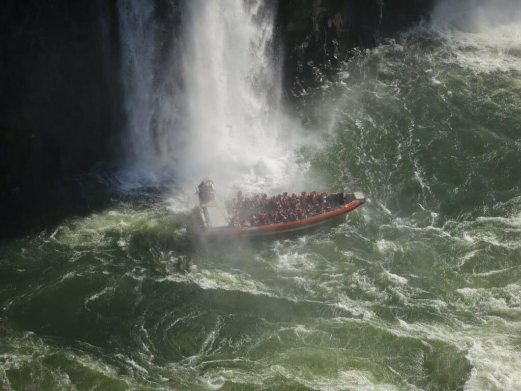 , As Cataratas do Iguaçu no lado da Argentina têm muitos passeios extras para oferecer, Passeios em Foz do Iguaçu | Combos em Foz com desconto