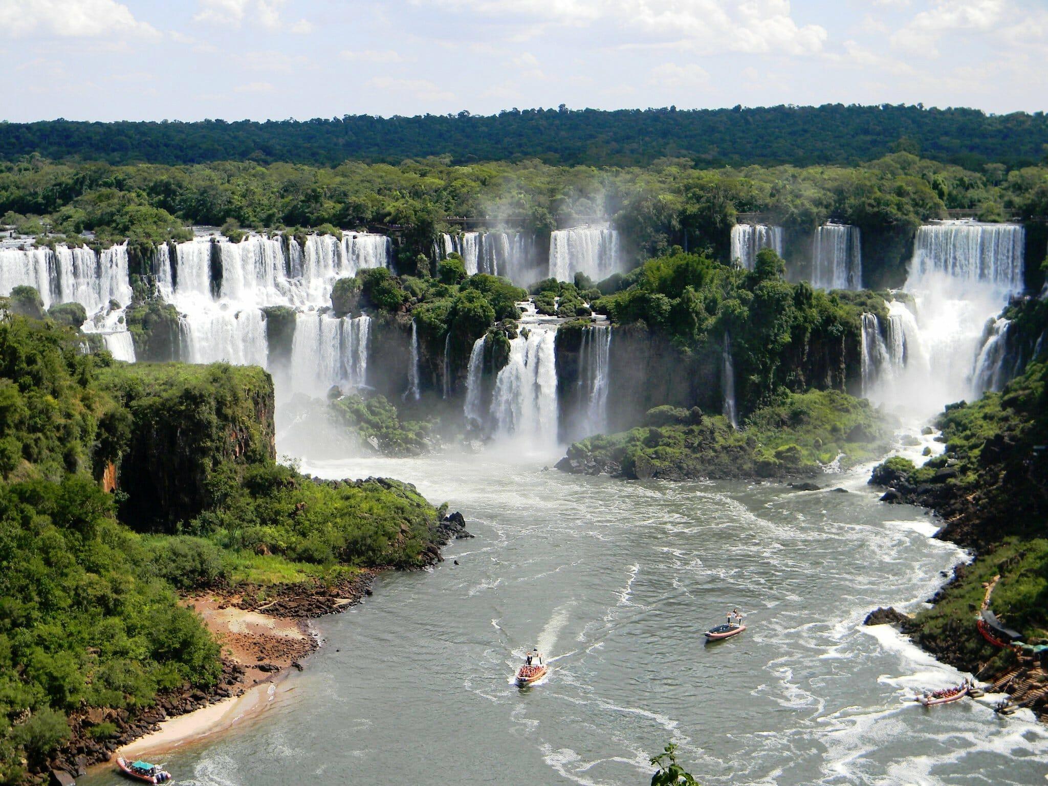 , As Cataratas do Iguaçu no lado da Argentina têm muitos passeios extras para oferecer, Passeios em Foz do Iguaçu | Combos em Foz com desconto, Passeios em Foz do Iguaçu | Combos em Foz com desconto