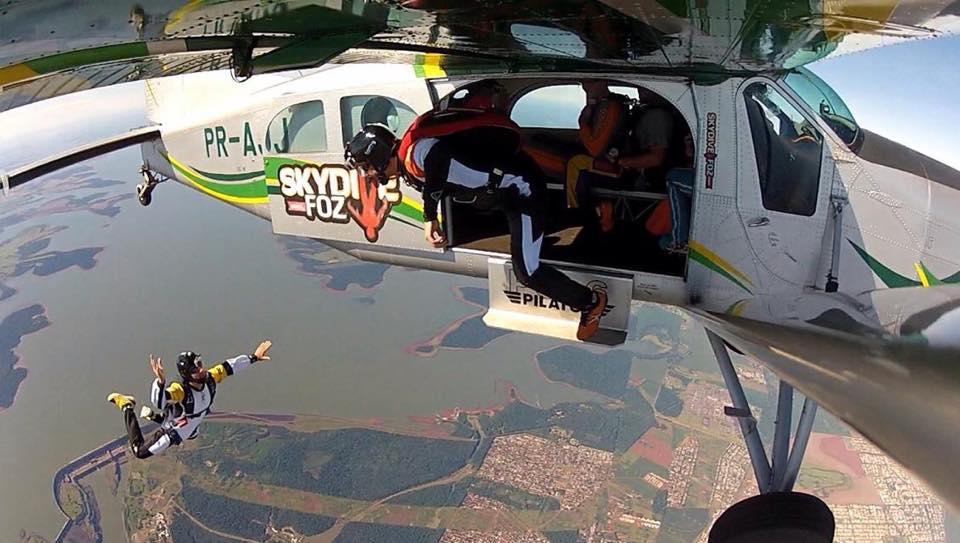 , Salte de paraquedas em Foz do Iguaçu e vivencia a melhor experiência da sua vida, Passeios em Foz do Iguaçu | Combos em Foz com desconto, Passeios em Foz do Iguaçu | Combos em Foz com desconto