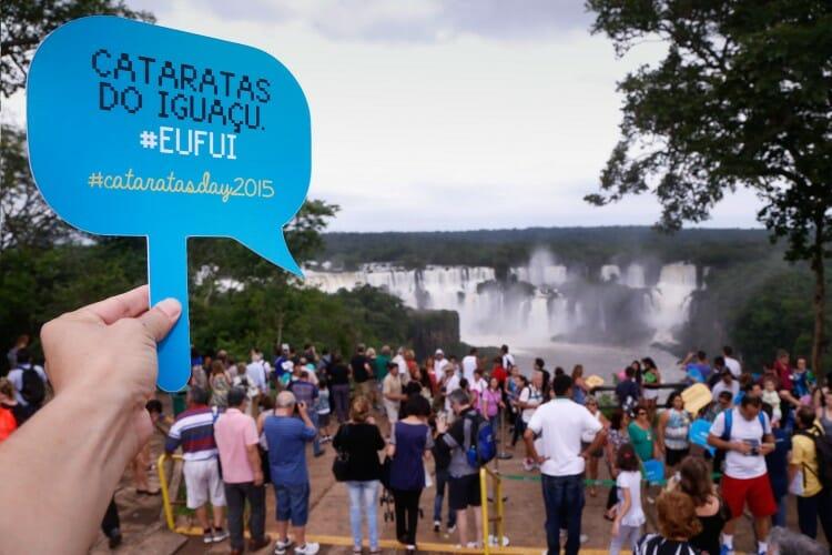 #CataratasDay2015, #CataratasDay2015 em Foz do Iguaçu bate recorde em selfies!, Passeios em Foz do Iguaçu | Combos em Foz com desconto