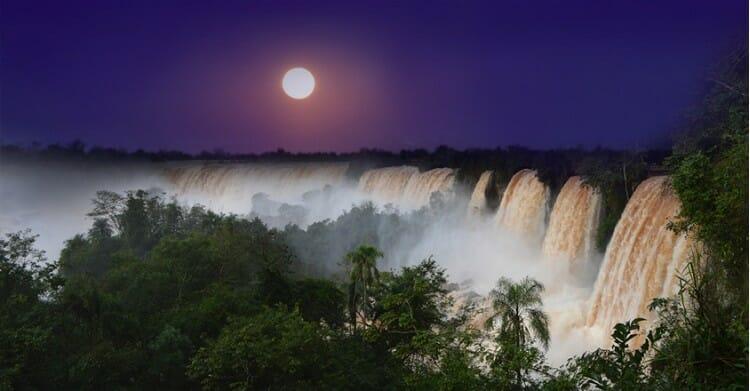 , Cataratas da Argentina estende luau La Luna Lenna, Passeios em Foz do Iguaçu | Combos em Foz com desconto, Passeios em Foz do Iguaçu | Combos em Foz com desconto