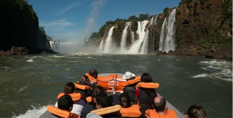 , Se aventure no Macuco Safari em Foz do Iguaçu, Passeios em Foz do Iguaçu   Combos em Foz com desconto