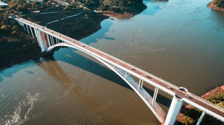ponte da amizade, Ponte da Amizade em Foz do Iguaçu: União entre dois países!, Passeios em Foz do Iguaçu | Combos em Foz com desconto, Passeios em Foz do Iguaçu | Combos em Foz com desconto