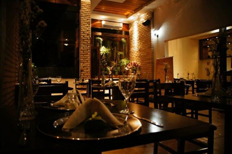 Benjamin Café Bistrô, Benjamin Café Bistrô, Passeios em Foz do Iguaçu | Combos em Foz com desconto
