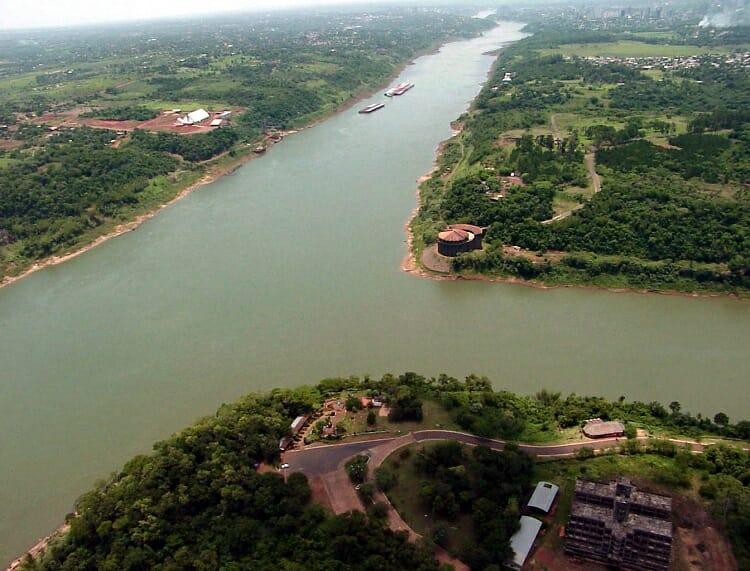Fronteira com o Paraguai, Fronteira com o Paraguai: Quando vai abrir a Ponte da Amizade?, Passeios em Foz do Iguaçu | Combos em Foz com desconto, Passeios em Foz do Iguaçu | Combos em Foz com desconto