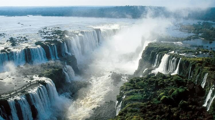 Lenda das Cataratas, Lenda das Cataratas – Conheça a história de Tarobá e Naipi, Passeios em Foz do Iguaçu | Combos em Foz com desconto