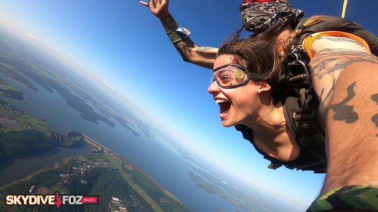 Esporte radical   SkyDive Foz - Salto de Paraquedas