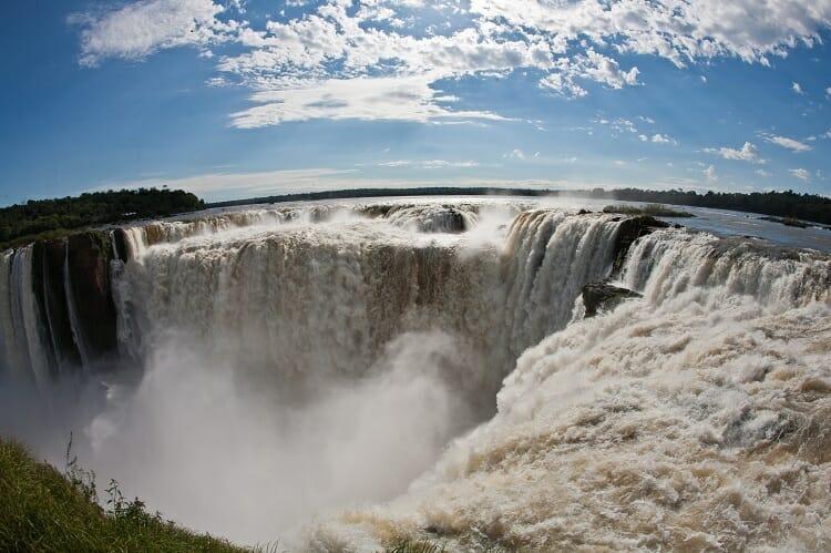 Garganta do Diabo/ Como chegar/ Água/ Cachoeira