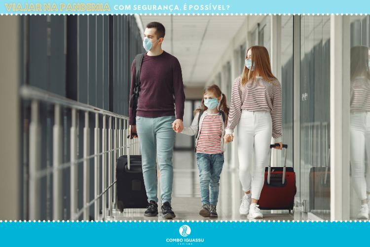 Viajar na pandemia - família no aeroporto