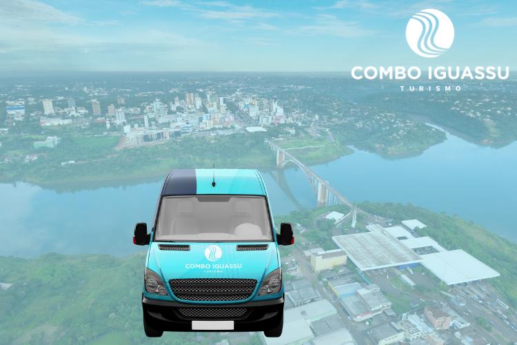 Uma van da Combo Iguassu ilustrando que vai ao Paraguai