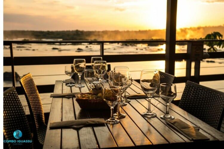 Vista magnífica do Restaurante Porto Canoas.
