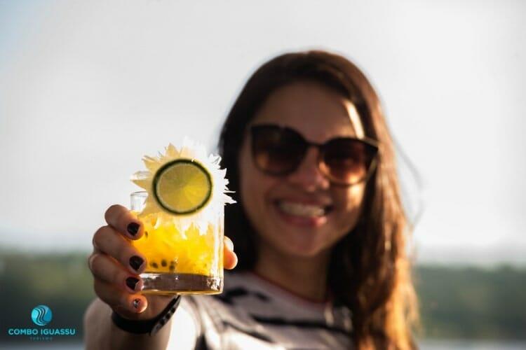 Foto tirada do novo drink do restaurante Porto Canoas.