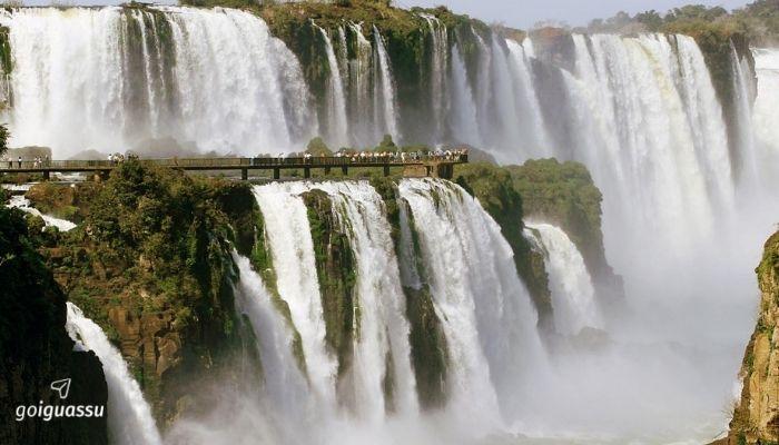 Foz do Iguaçu com a Família cataratas